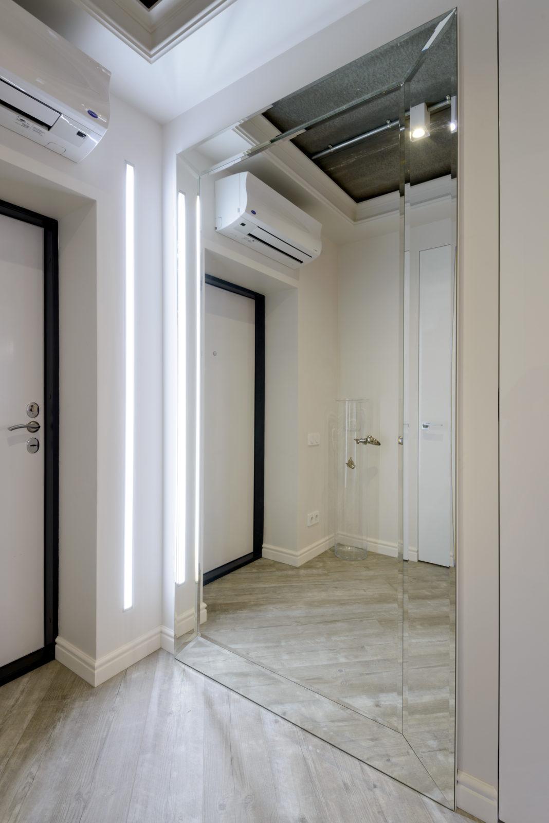 Дизайнерский ремонт холла в квартире ( Академгородок )